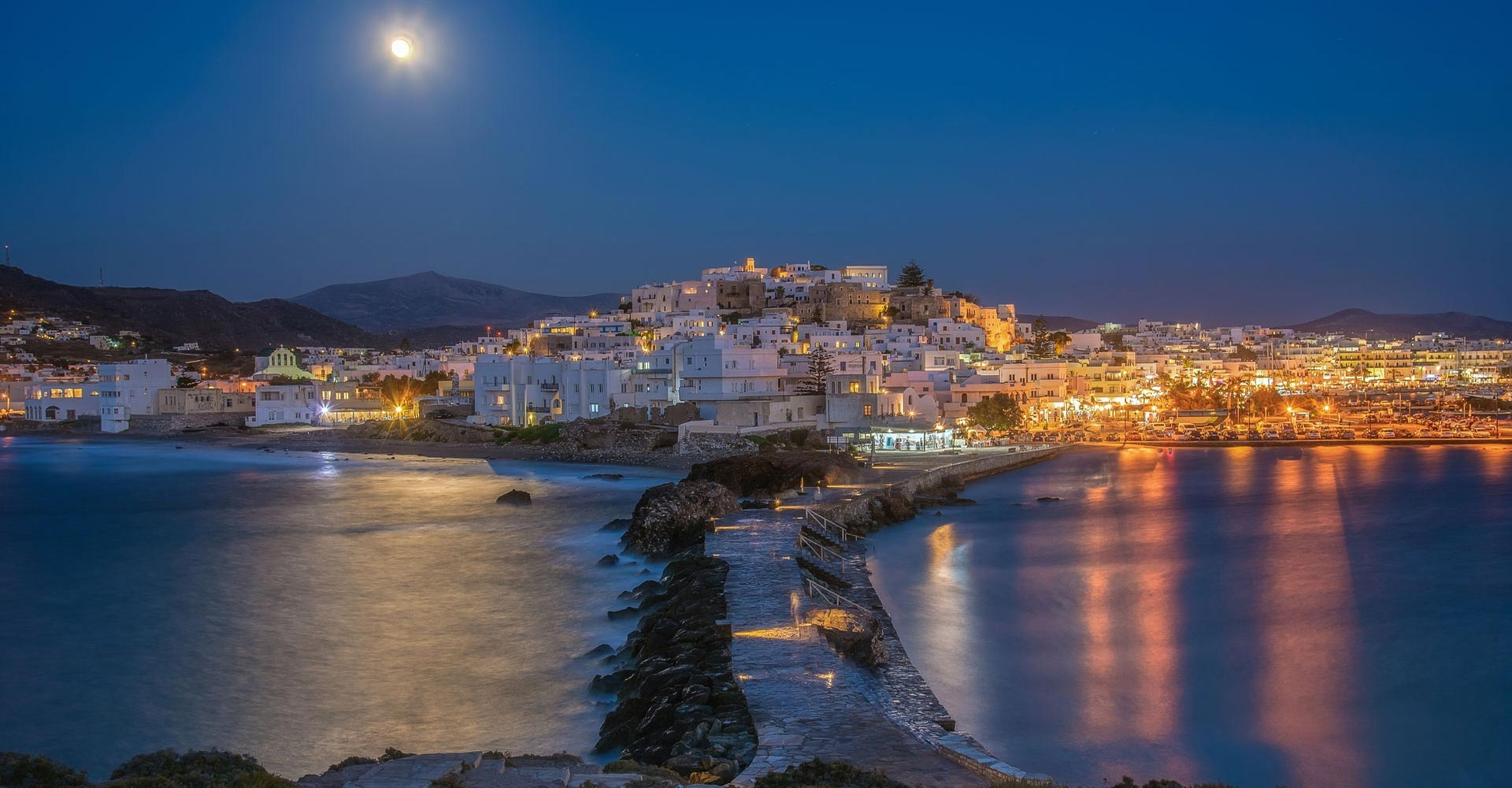 Villas to rent in the enchanting Naxos